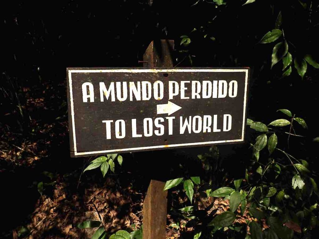 "sign ""To Lost World"""